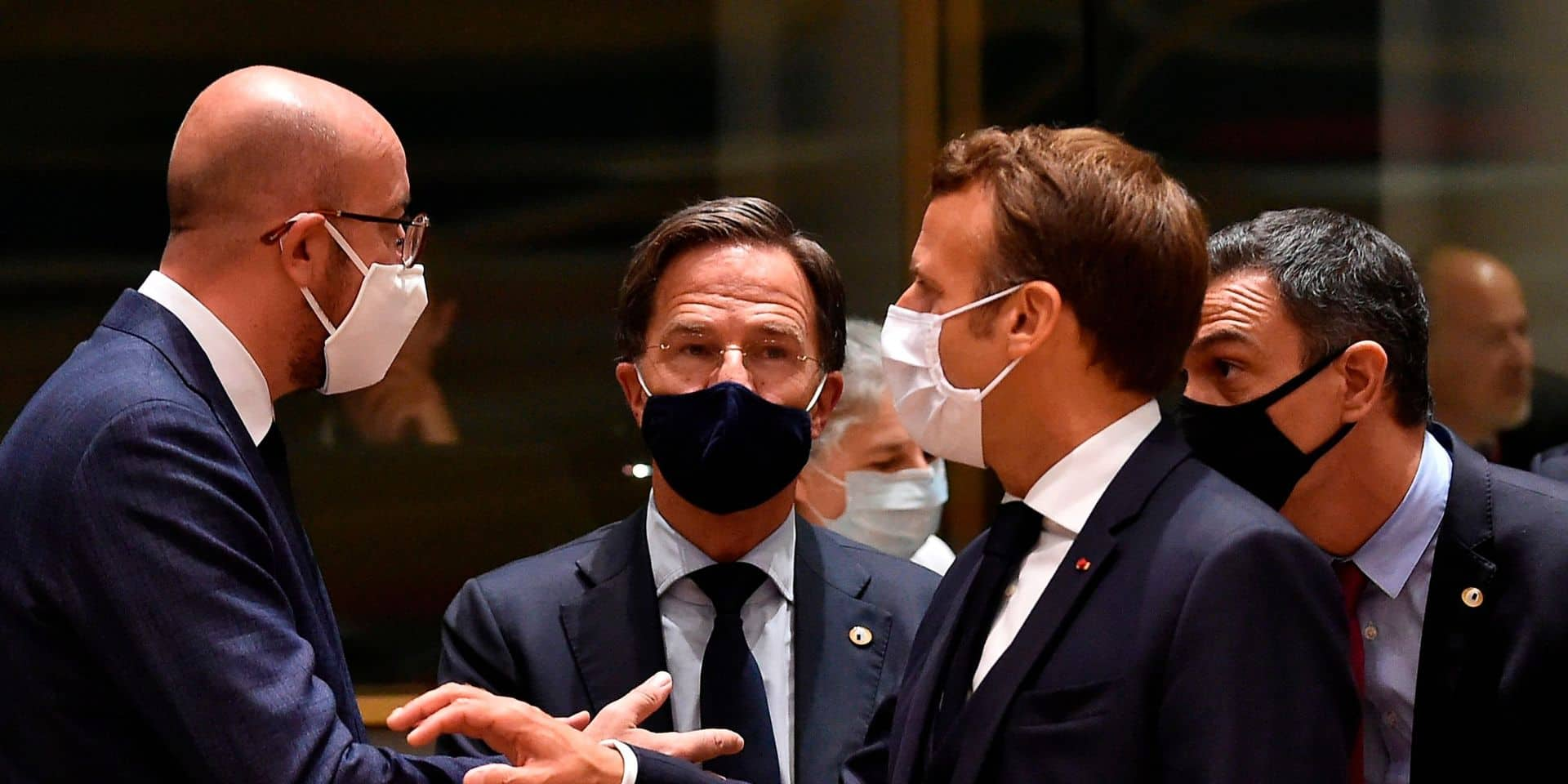 Au quatrième soir du sommet européen, la négociation du budget et du plan de relance repart sur des bases qui répondent aux exigences des frugaux