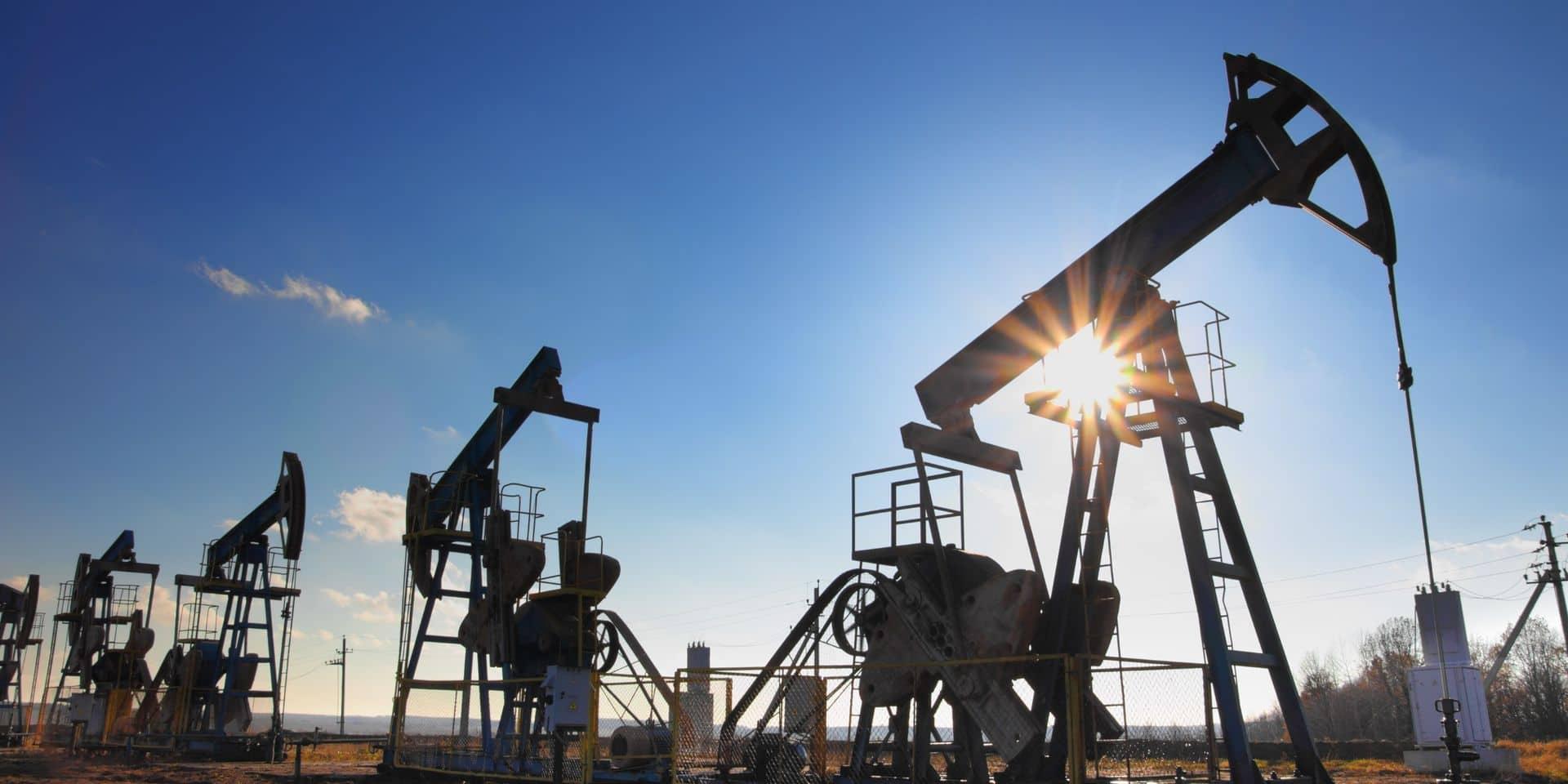 Le pétrole attaque la semaine du bon pied