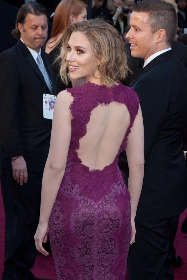 Scarlett Johansson au top en 2011 en                                 Dolce & Gabbana