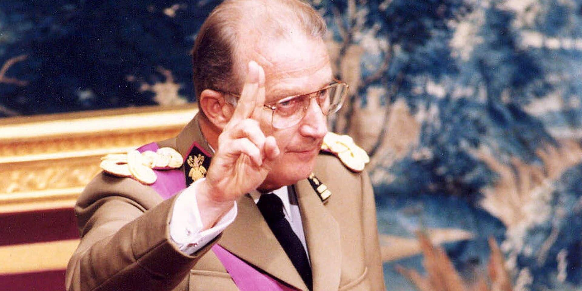 BRU30 - 19930809 - BRUSSELS, BELGIUM : BELGIAN PRINCE ALBERT TAKES THE CONSTITUTIONAL OATH AS NEW KING , ALBERT II OF THE BELGIAN PEOPLE BEFORE THE ASSEMBLED PARLIAMENT , 09 AUGUST 1993../.VD BELGA PHOTO