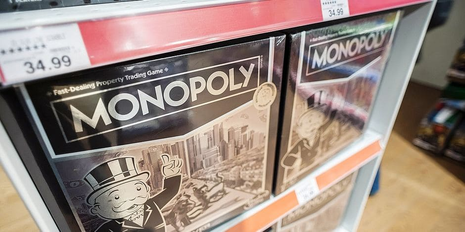 Christmas shopping at Toys R Us in Times Square A silver line luxury version of the famous Monopoly