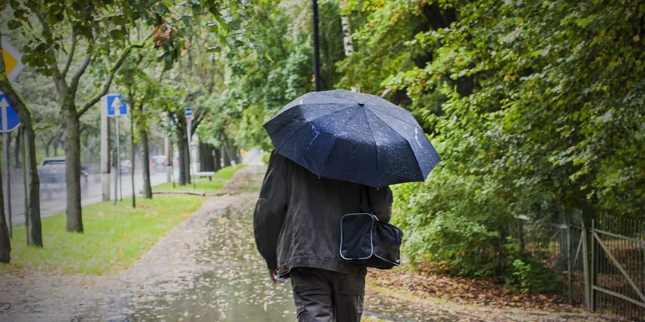 Météo: les averses font leur retour ce jeudi, des températures en baisse