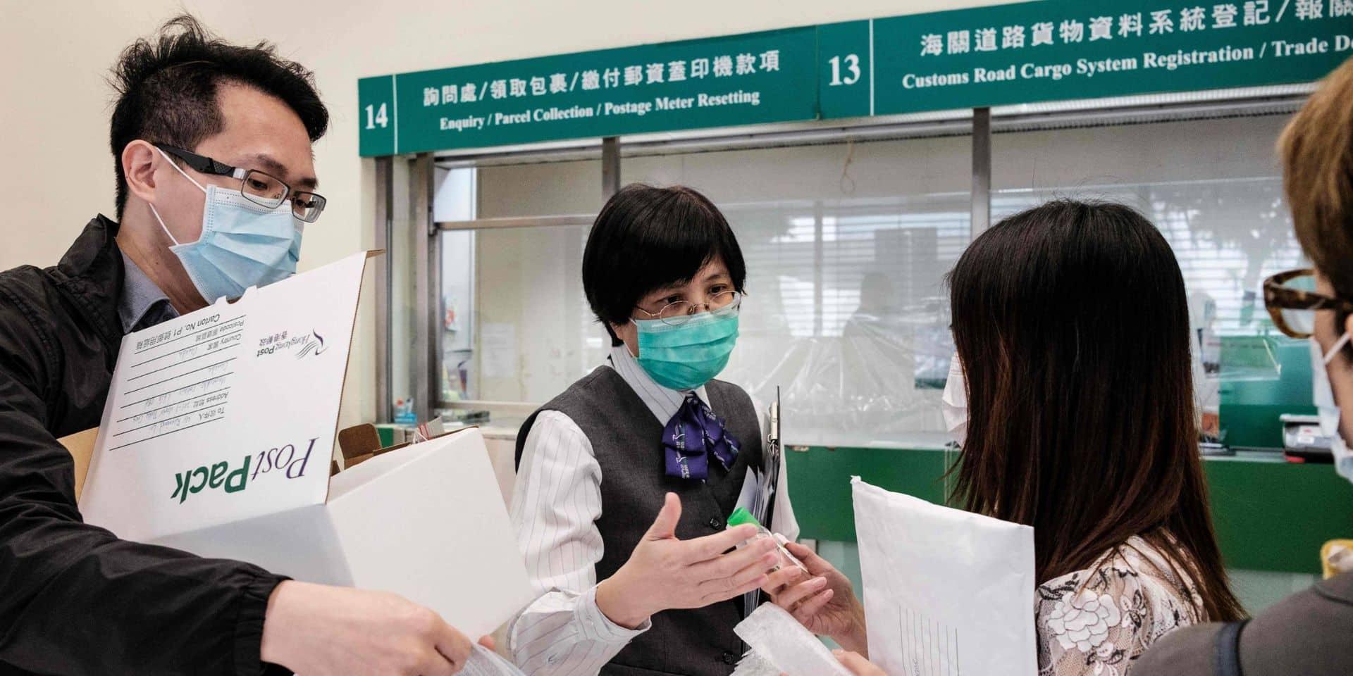 """Depuis Hong Kong: """"Je suis ahurie d'entendre les autorités continuer d'affirmer que le masque ne sert à presque rien"""""""