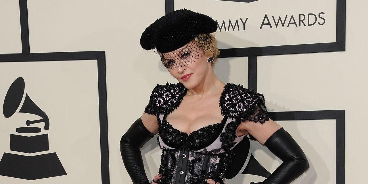 """""""Ce n'est pas hygiénique"""": Madonna partage une photo avec sa fille de 24 ans et fait débat"""