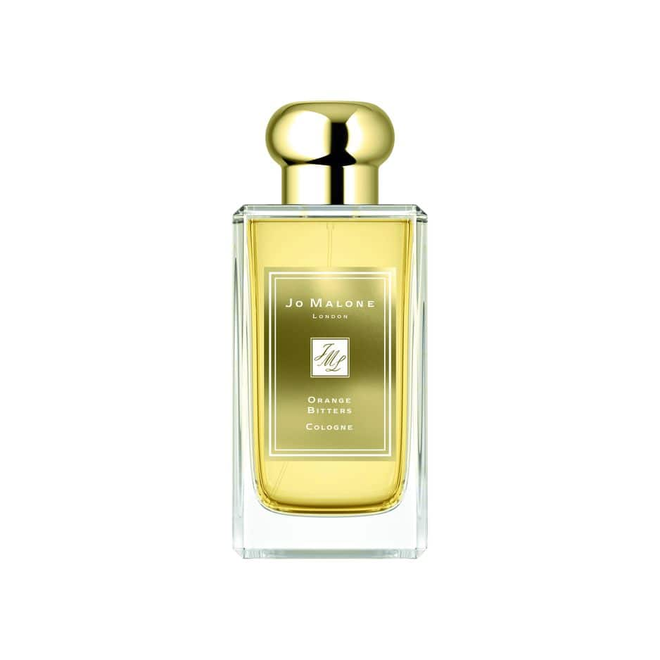 La fragrance de fête c'est Jo Malone qui l'a faite : Orange Bitters Cologne, 30 ml, 57€ - 100 ml, 114€.