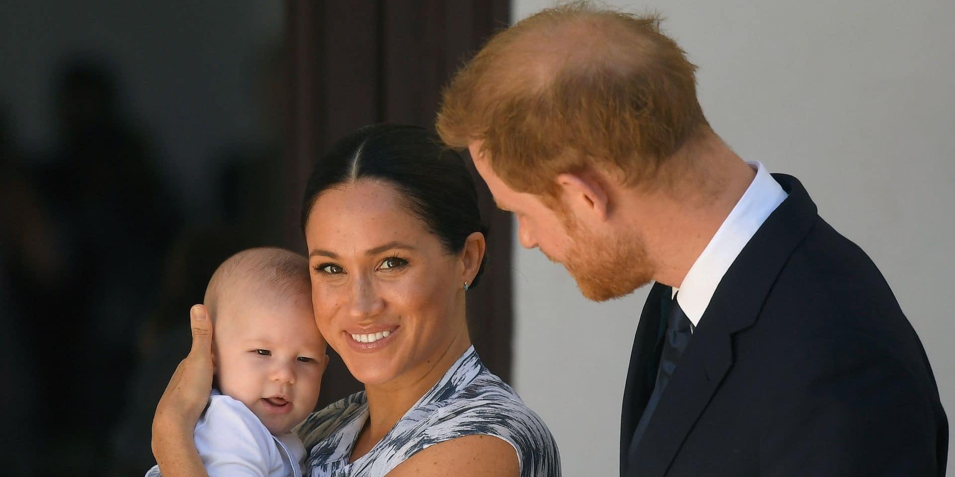 """La famille royale, un """"environnement toxique"""" ? : Meghan aurait eu peur pour Archie"""