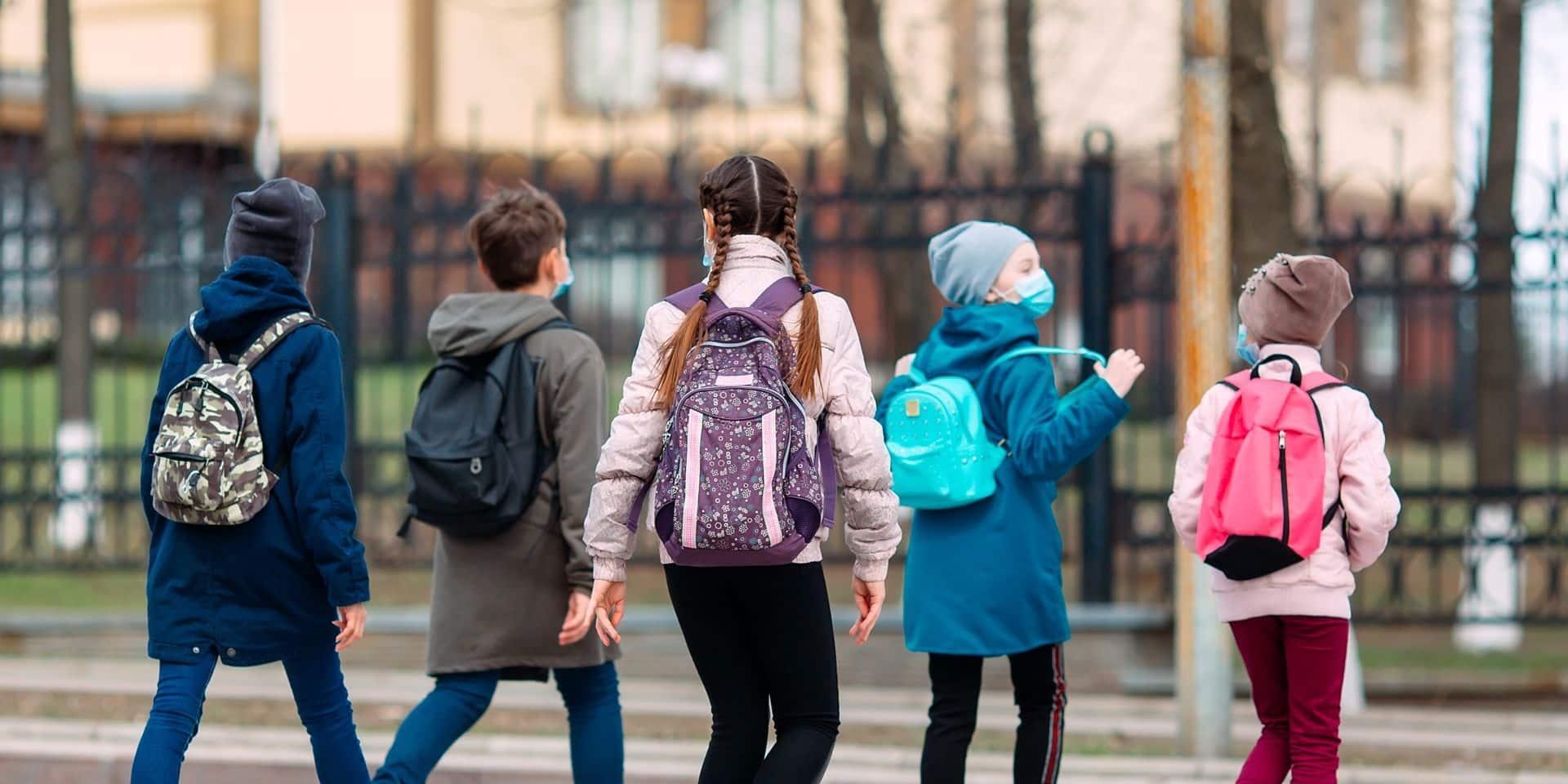 """L'échevine de l'enseignement de Gand s'inquiète pour les écoles : """"Nous devrions sérieusement envisager cette idée"""""""