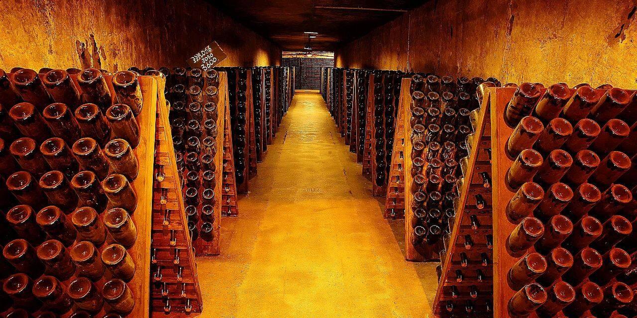 L'avenue aux 200 millions de bouteilles de champagne