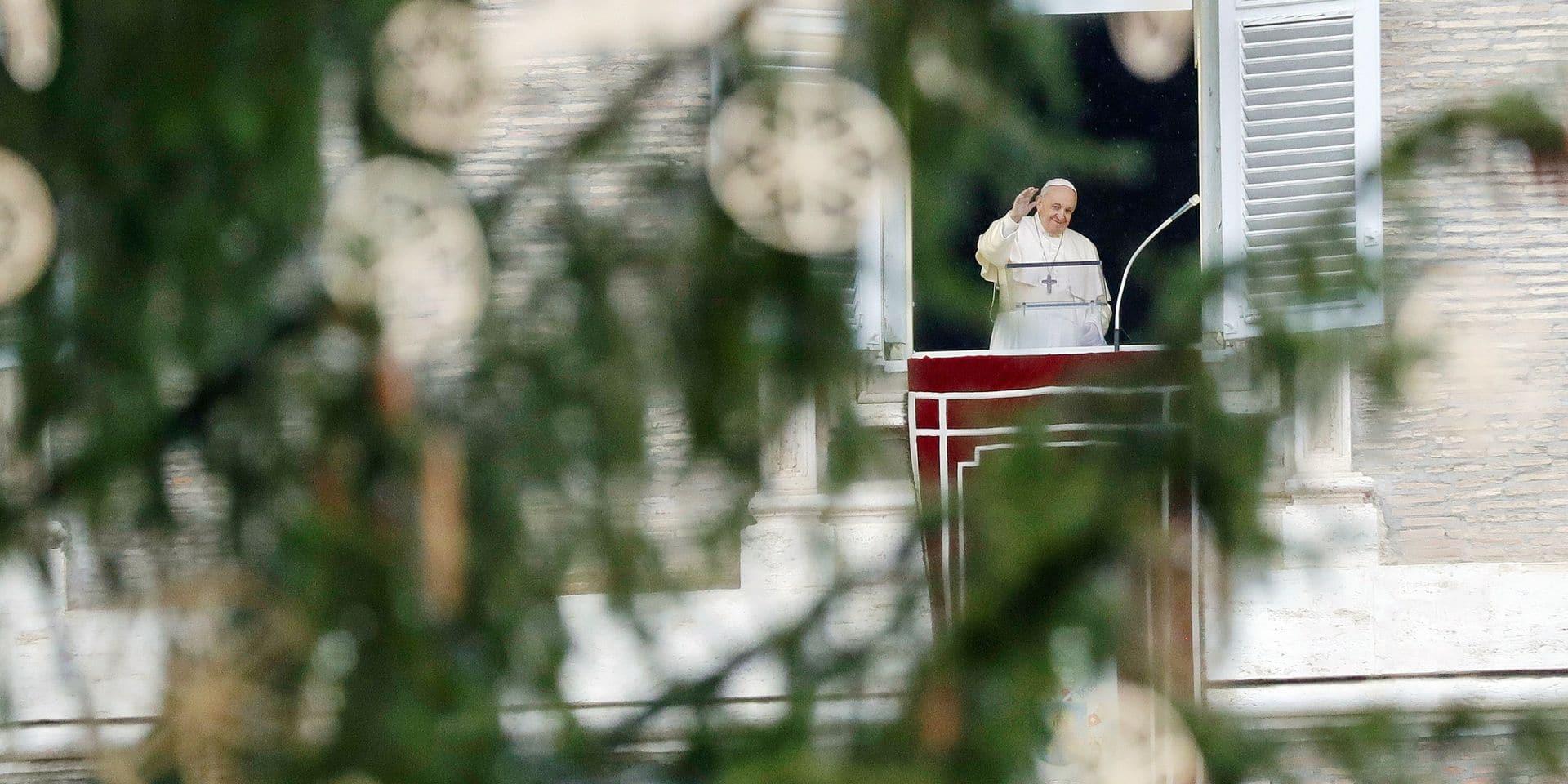 A Rome, la pandémie de coronavirus bouleverse les traditions