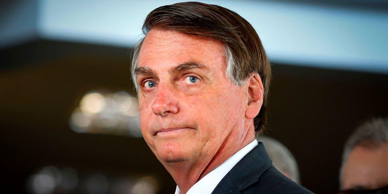 Bolsonaro fait du pied à Tesla