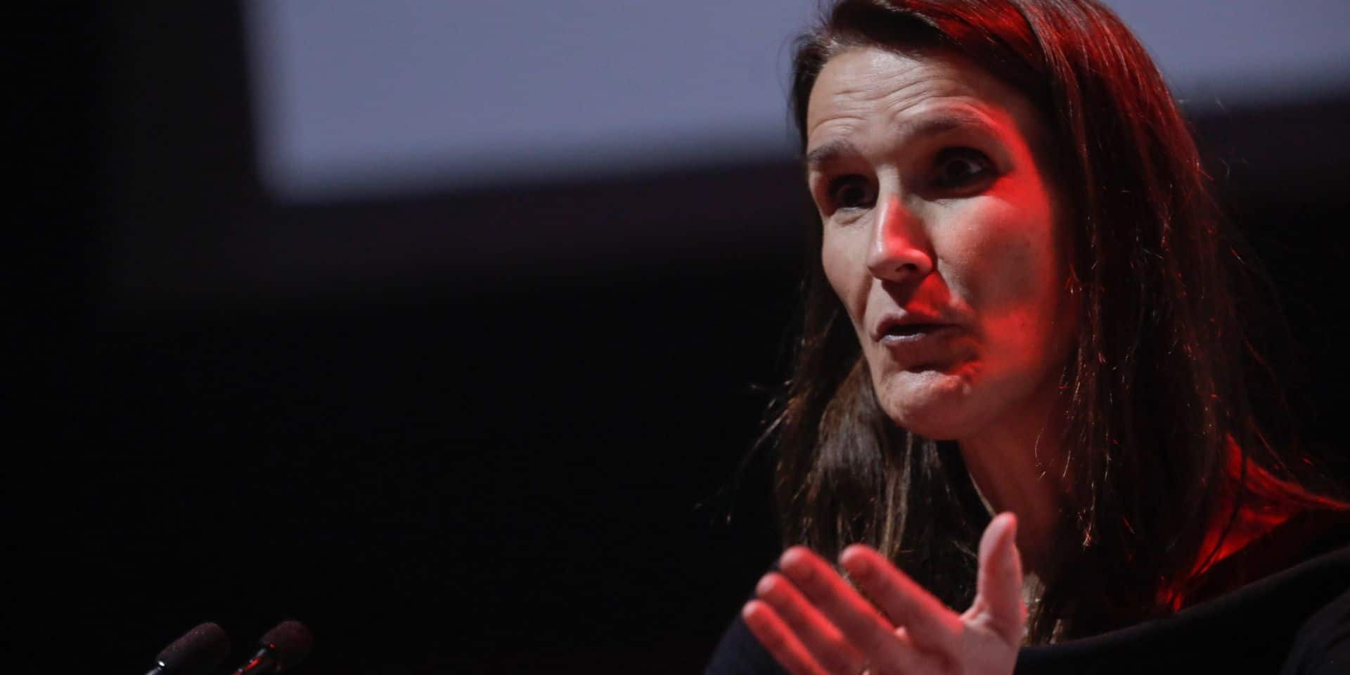 """Sophie Wilmès sceptique quant aux chances de constituer un gouvernement provisoire: """"Intéressant de réfléchir à un plan B mais l'option A doit primer"""""""
