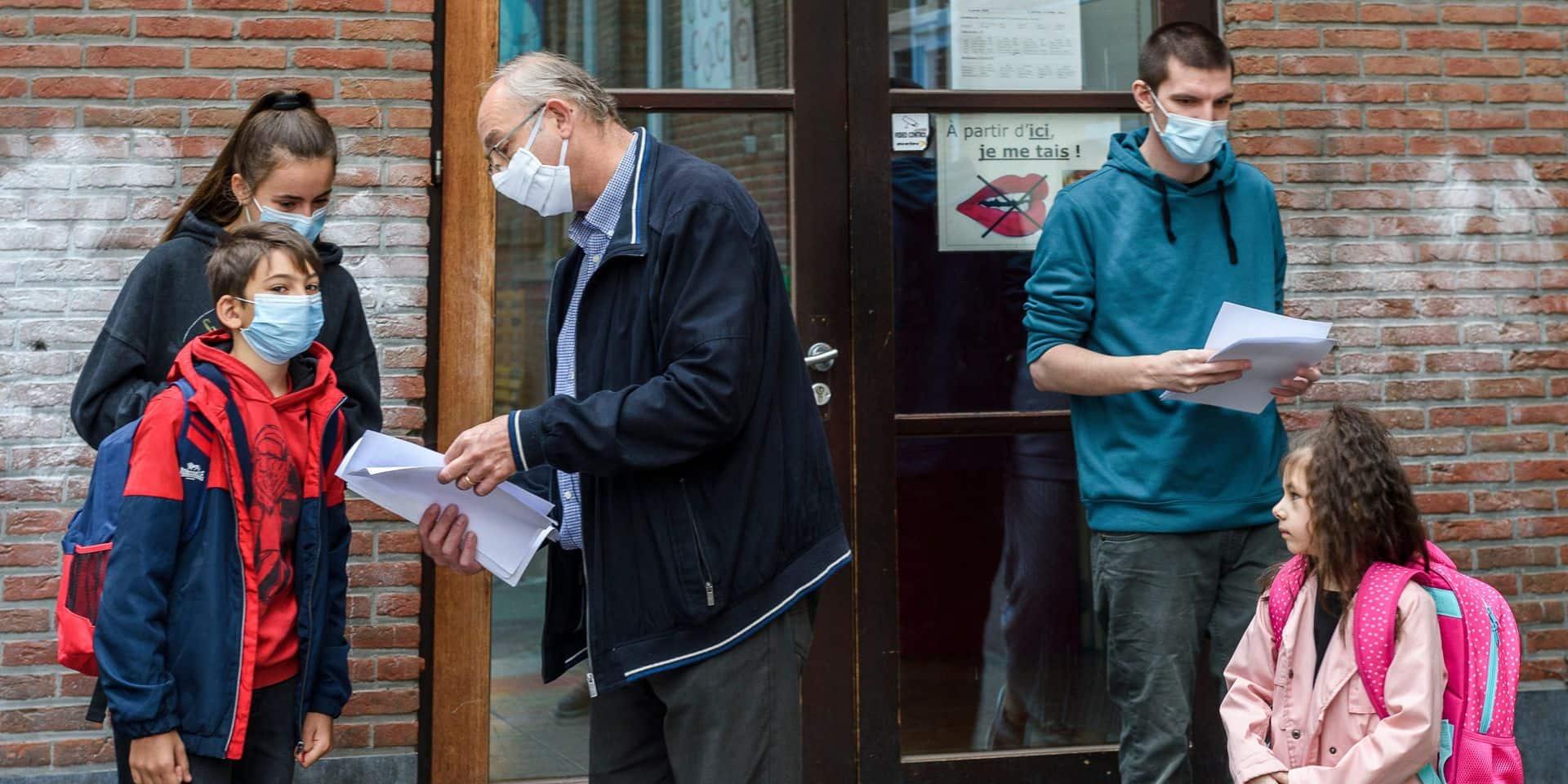 """Septante médecins flamands demandent l'abolition du masque dans les écoles: """"Une menace sérieuse pour leur développement"""""""