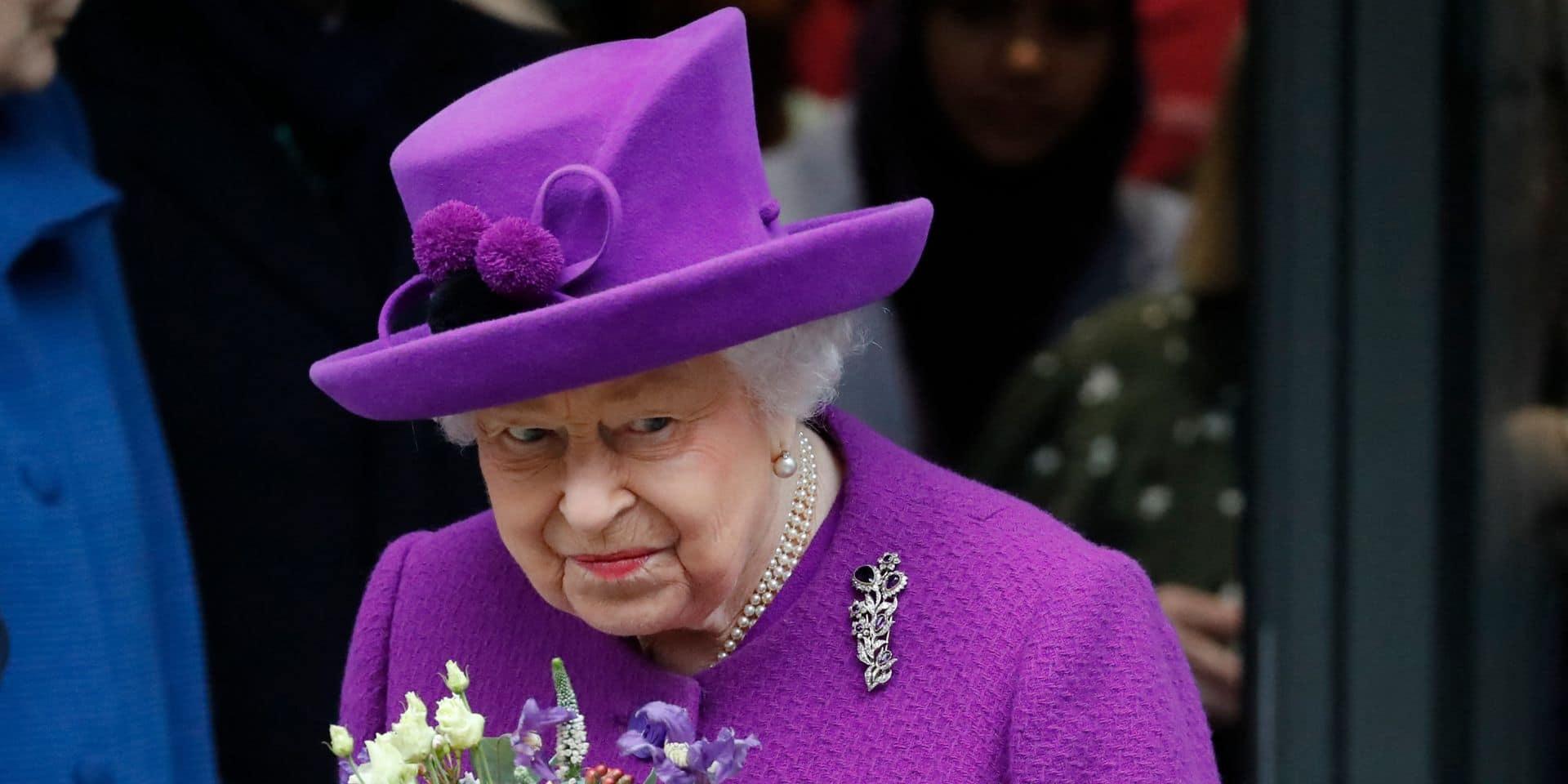 """Elizabeth II: son """"petit-fils préféré"""" au cœur d'une vive polémique après un voyage en Écosse"""