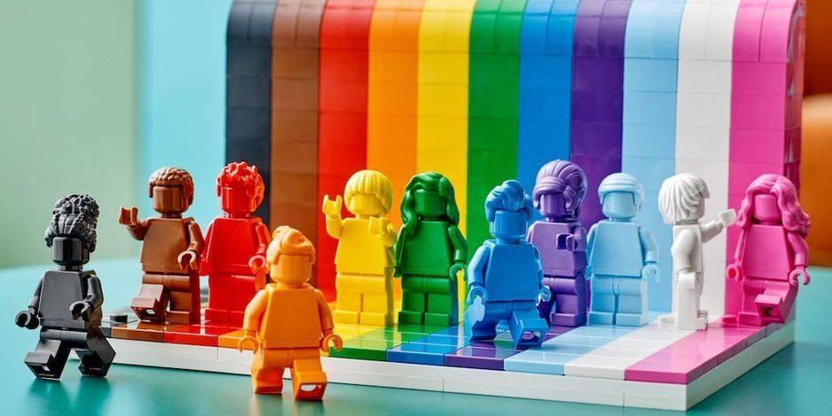 Lego va lancer sa première collection de jouets LGBT+