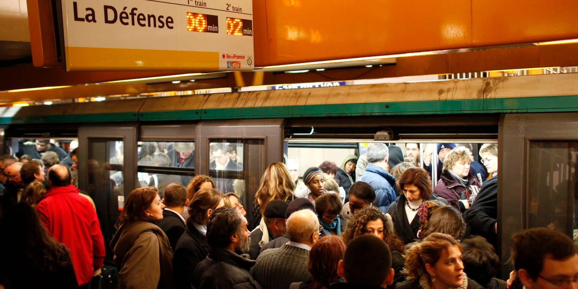 Frotteur dans le métro : j'aurais dû porter plainte ! (TEMOIGNAGE)