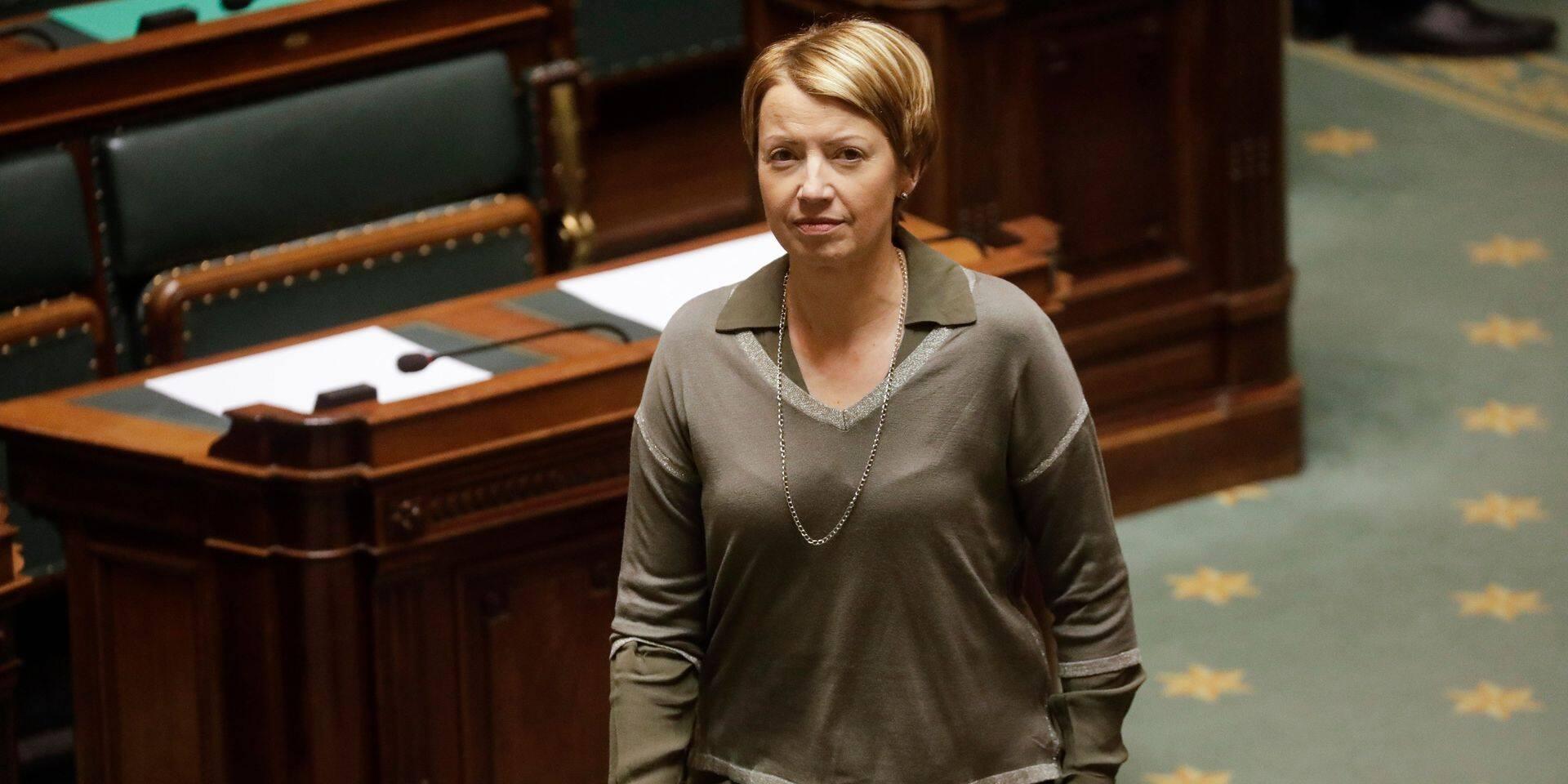 """Catherine Fonck: """"On accorde le bénéfice du doute à ce gouvernement, mais..."""""""