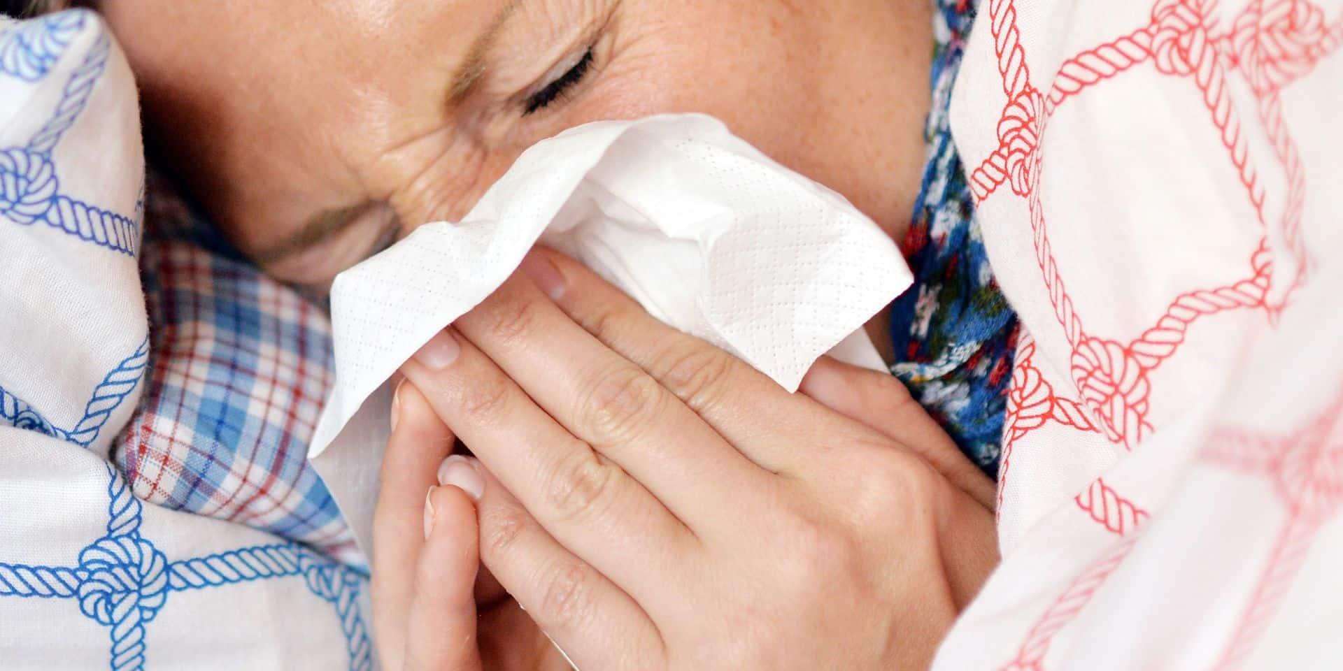 A nouveau moins de cas de grippe mais l'épidémie perdure