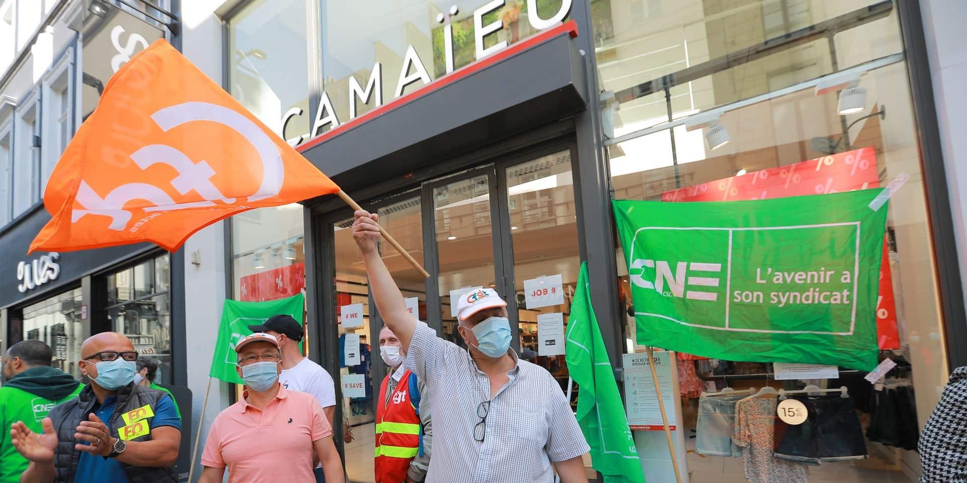 Les syndicats belges, français et luxembourgeois avaient manifesté devant le siège social de Camaïeu Belgique à Bruxelles le 13 juillet