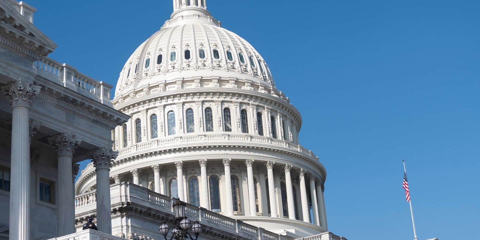 """Budget américain: le Congrès se donne une semaine de répit pour éviter un """"shutdown"""""""