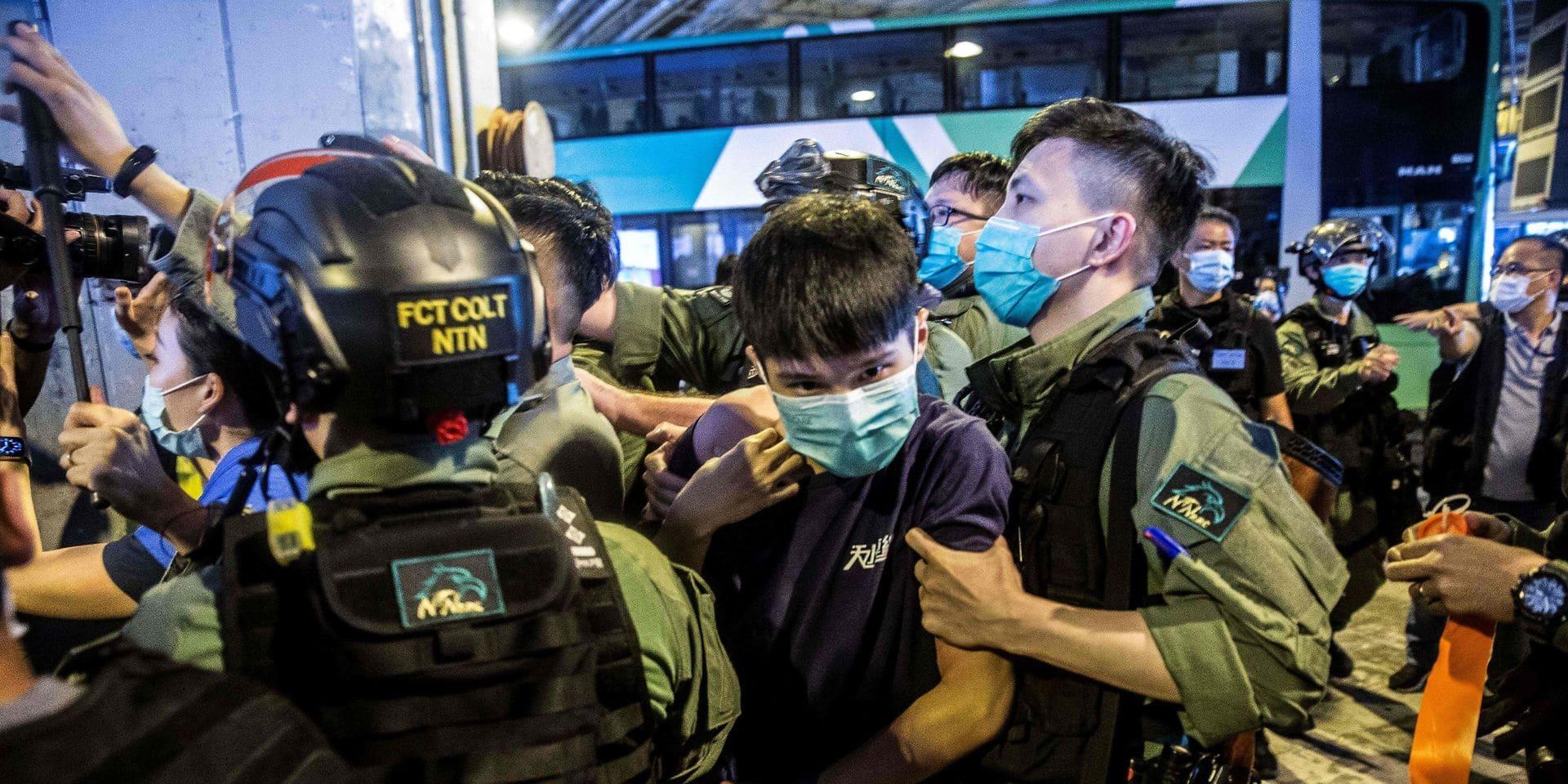 """Londres suspend """"immédiatement"""" son traité d'extradition avec Hong Kong"""