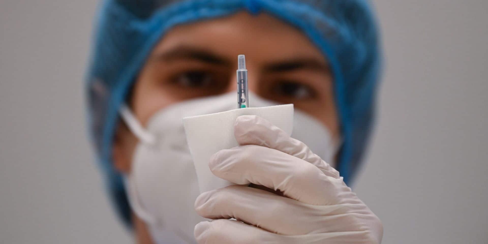 La vaccination doit s'inscrire dans une stratégie plus générale combinant les autres mesures connues