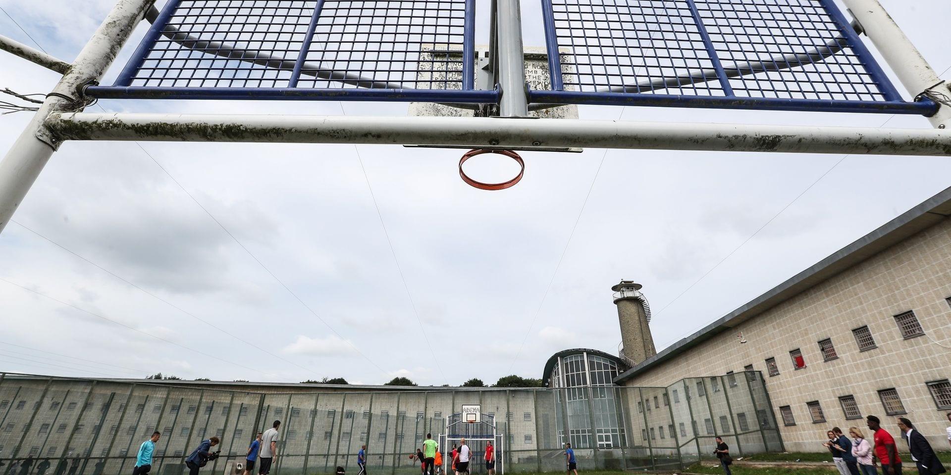 En prison, le nombre de contaminations reste limité