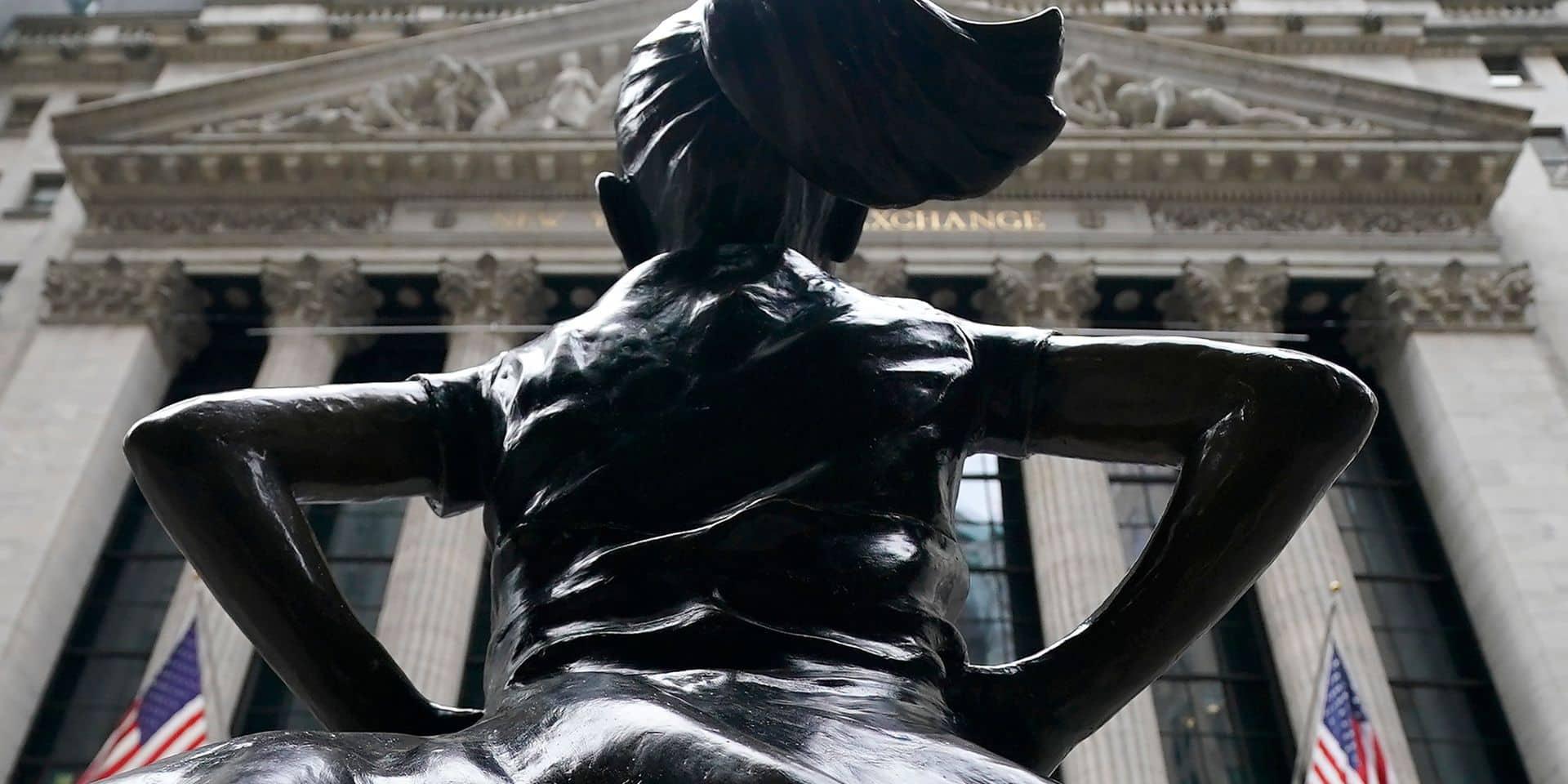 Bousculée par les boursicoteurs, Wall Street clôt sa pire semaine en trois mois