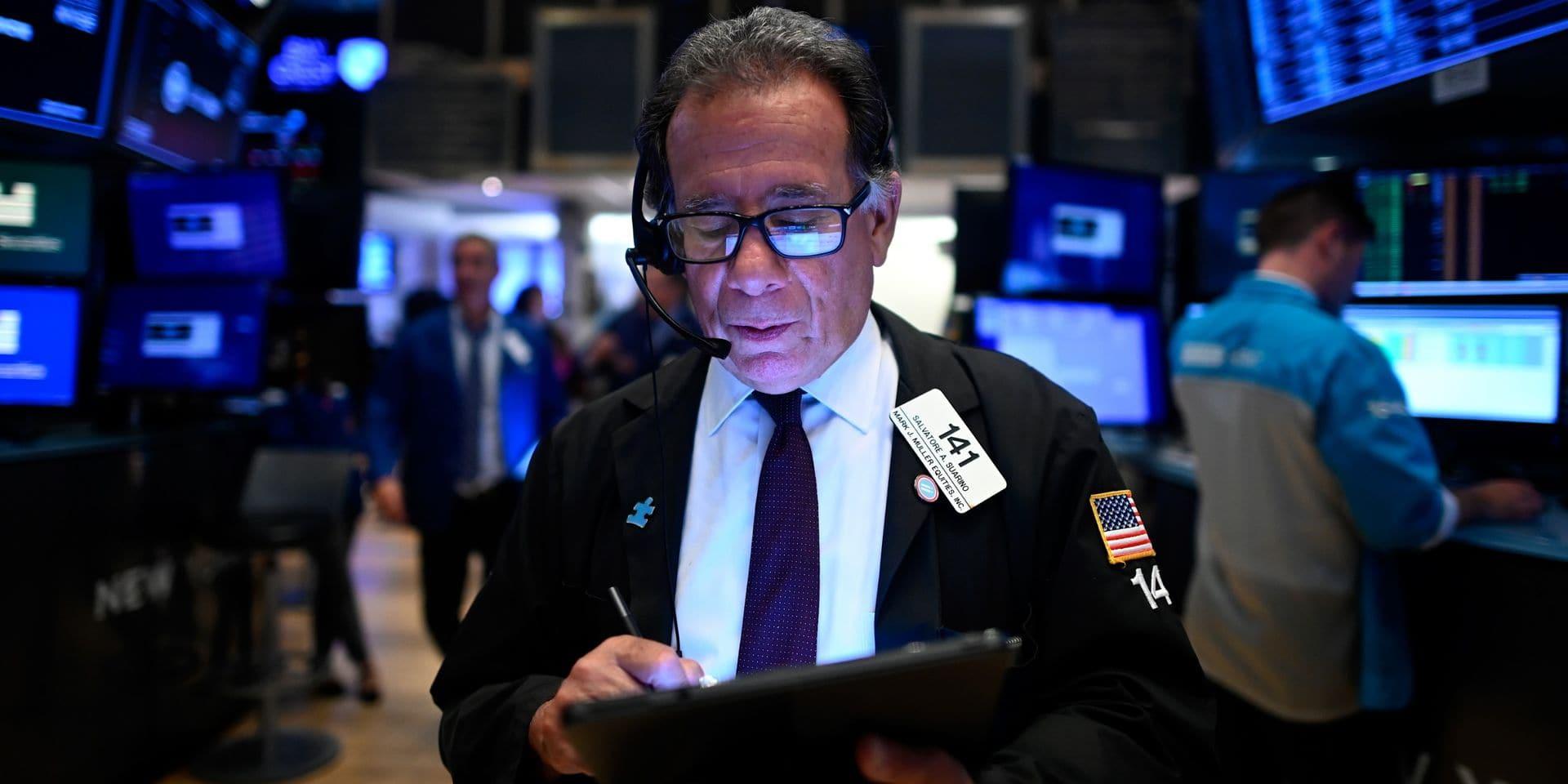 Wall Street ouvre en baisse après des chiffres en demi-teinte sur le chômage