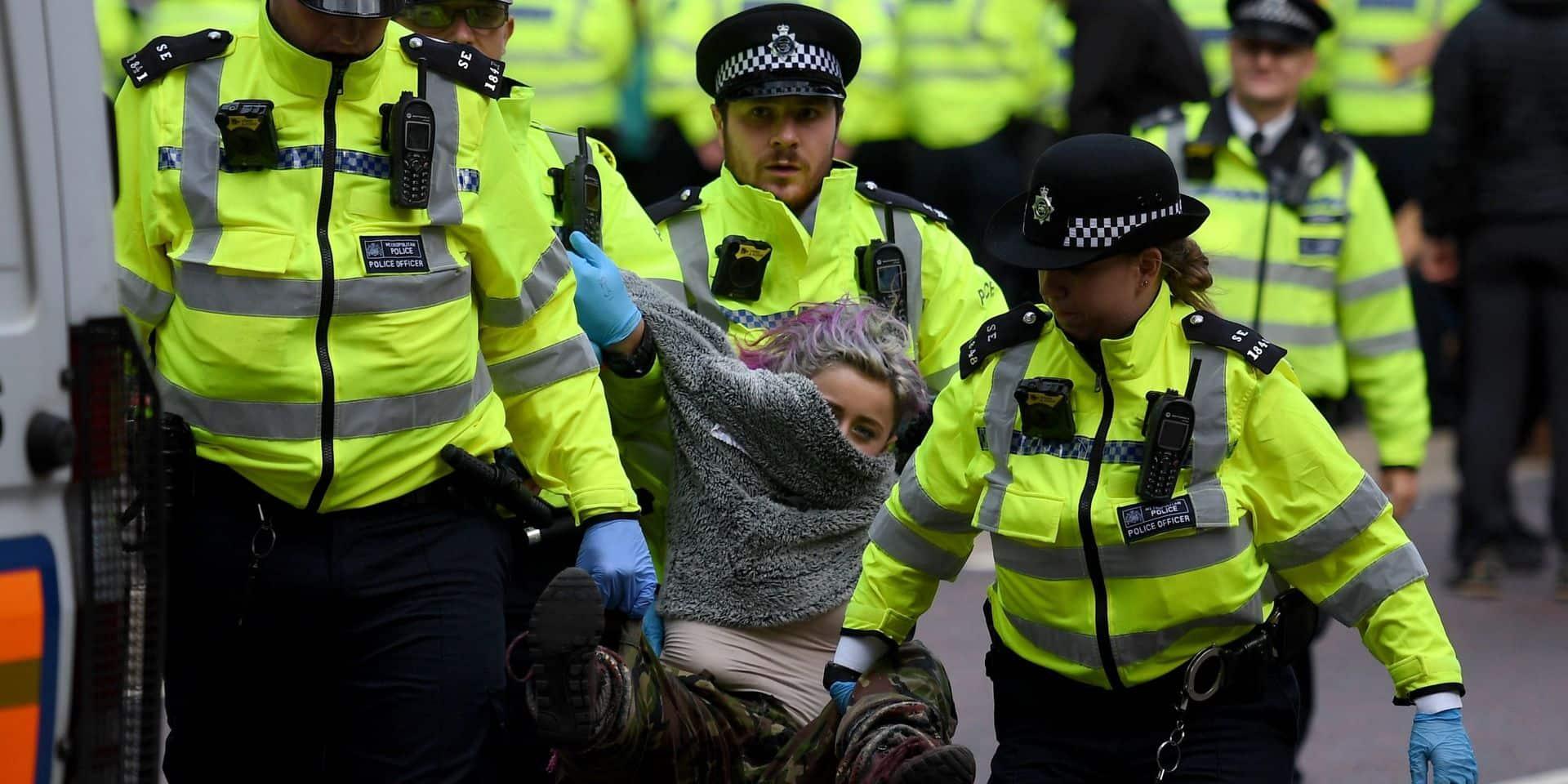 Déjà 800 arrestations d'activistes d'Extinction Rebellion à Londres