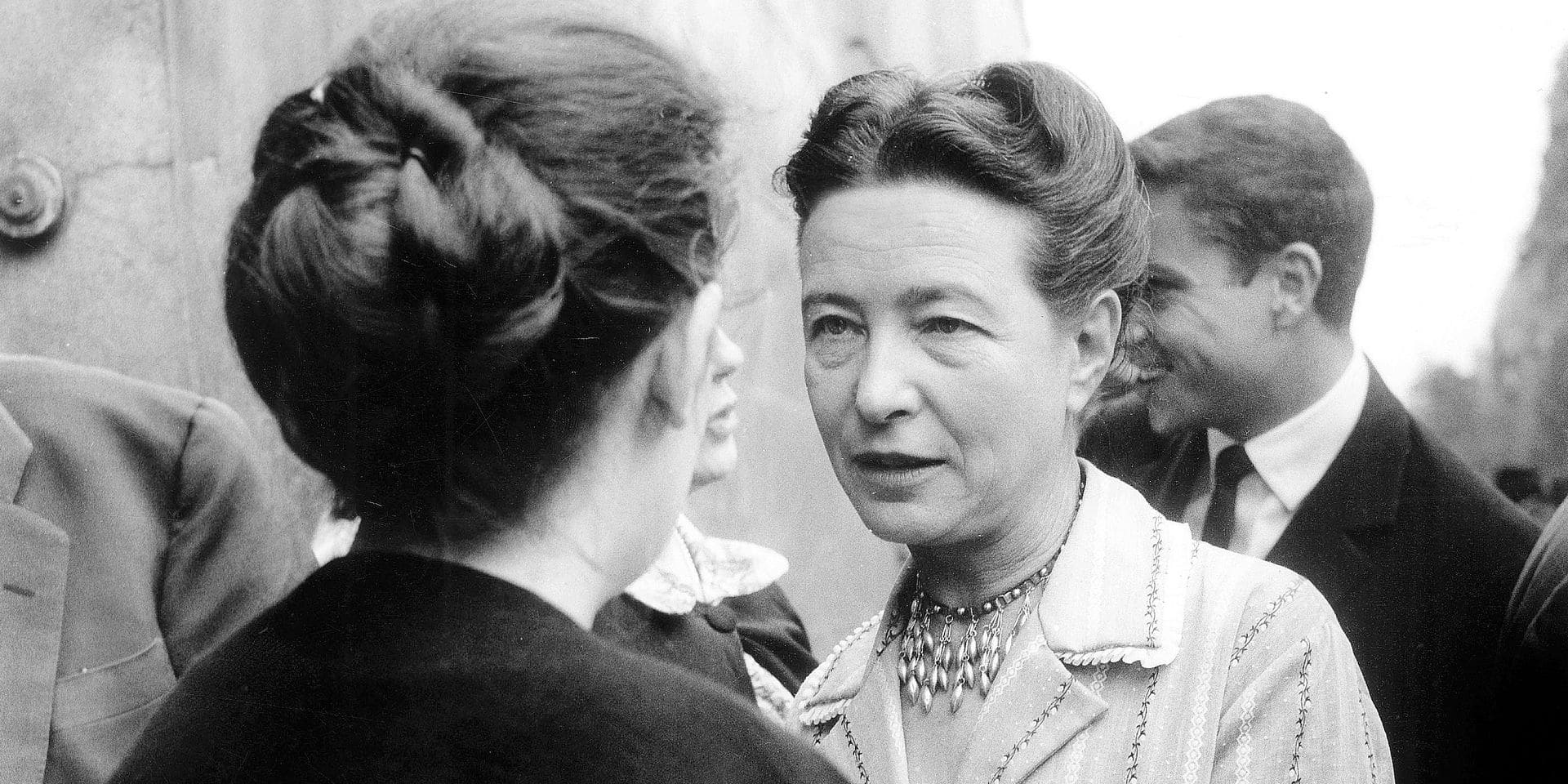 L'ecrivain francais Simone de Beauvoir, le 17 juin 1960 Neg:A98520 --- The french writer Simone de Beauvoir, on june 17th, 1960 Reporters / Rue des Archives *** Local Caption *** The french writer Simone de Beauvoir, on june 17th, 1960