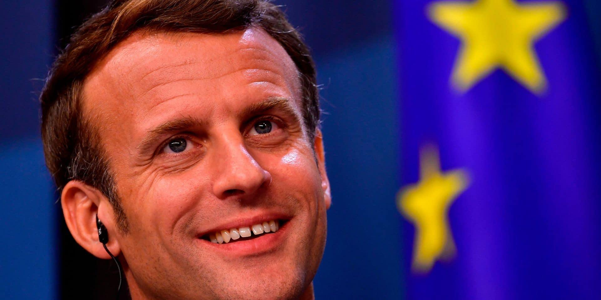 """Macron salue """"le moment le plus important depuis la création de l'euro"""""""