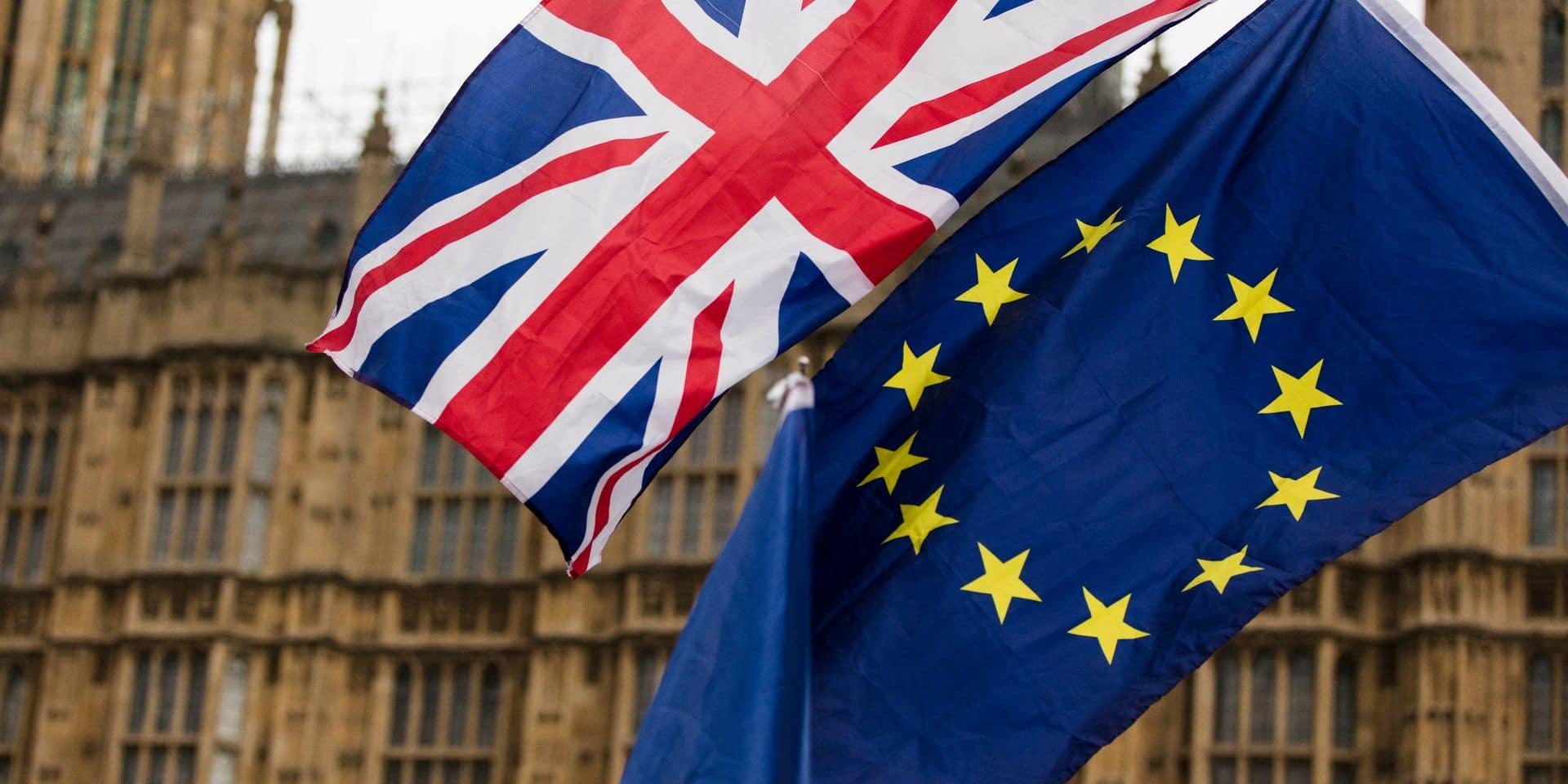 """""""On ne peut pas continuer comme ça"""" : les Vingt-sept entendent que le Royaume-Uni respecte les accords conclus"""