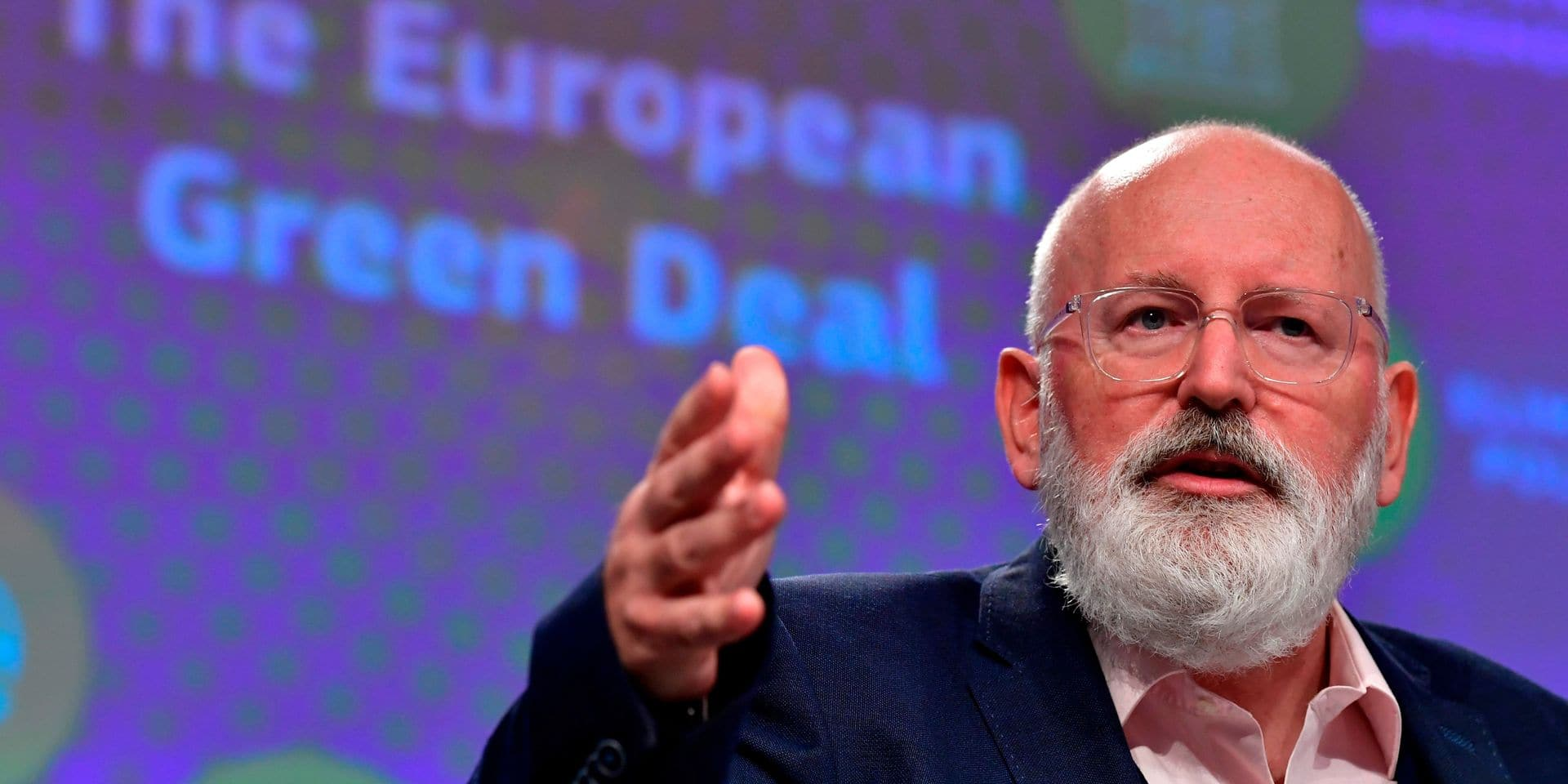 """Pour le vice-président de la Commission, Frans Timmermans, l'Europe ne doit pas se servir des plans de relance post-Covid """"pour essayer de réparer des choses qui n'ont plus d'avenir""""."""
