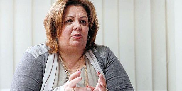 """En Macédoine du nord, les politiques de tous partis multiplient les accusations pour faire tomber cette """"dame de fer"""""""