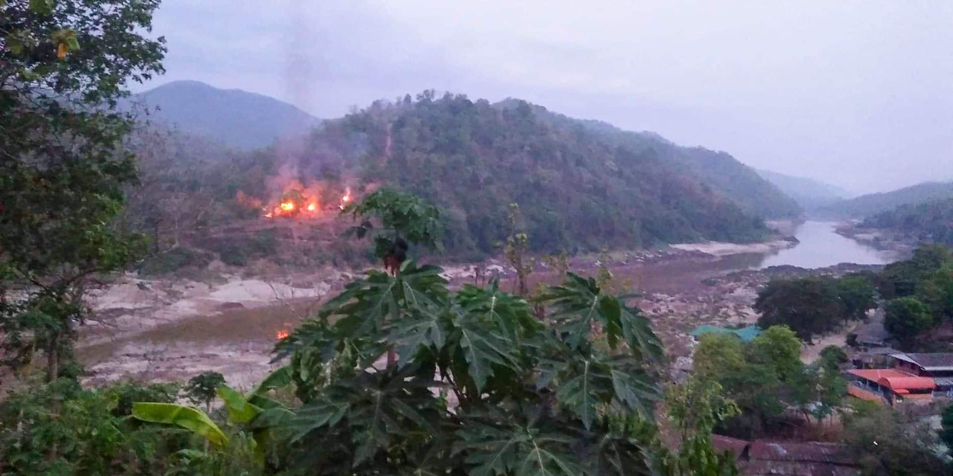Prise d'assaut des rebelles, raids aériens de l'armée : la situation s'embrase à nouveau en Birmanie