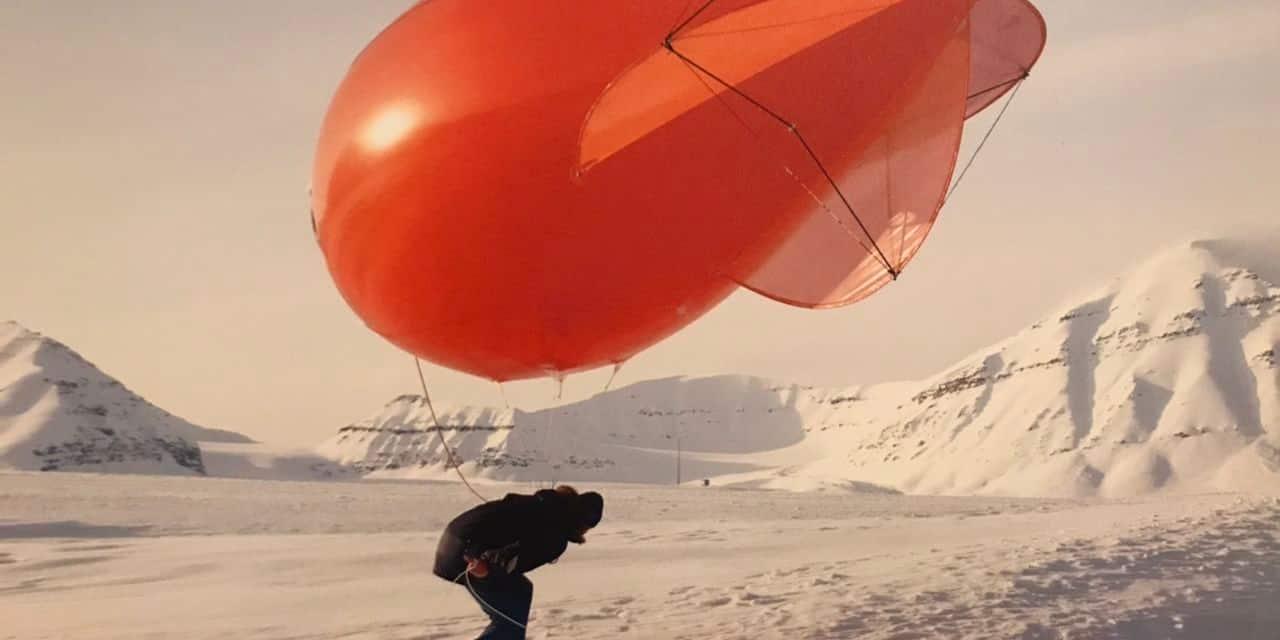 """""""I Can Hear The Waves"""" (Niels Stomps 2020), recherches dans des conditions extrêmes près du Pôle Nord"""