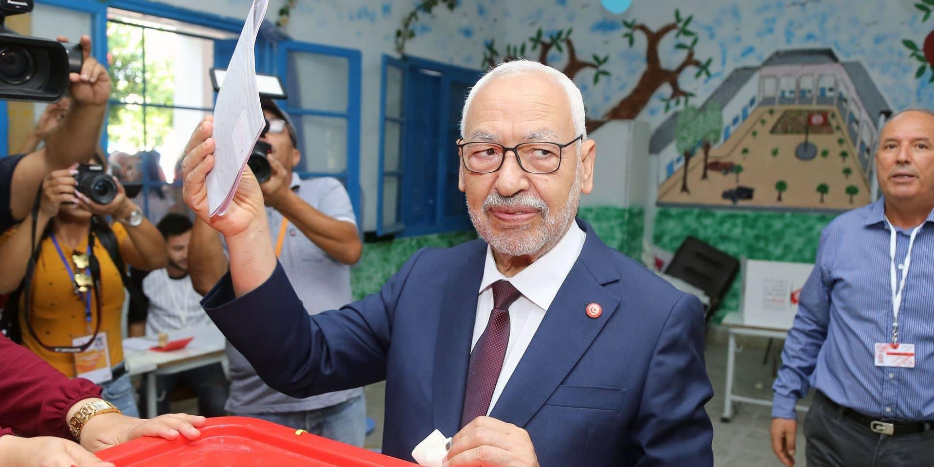 Tunisie: deux partis rivaux assurent être en tête aux législatives