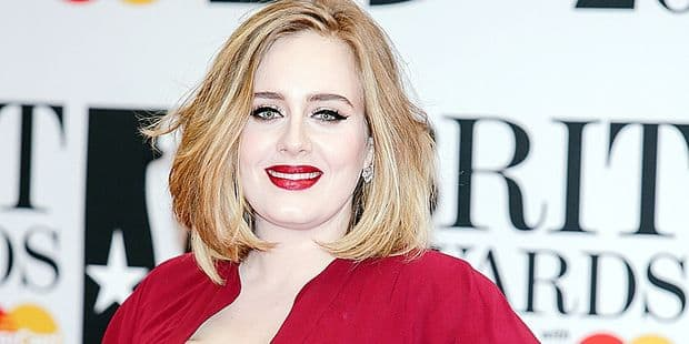 Adele arrives at the BRIT Awards at The O2 Arena in London, England, on 24 February 2016. Photo: Hubert Boesl - NO WIRE SERVICE - Reporters / DPA